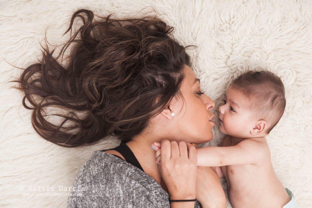 promocion dia de la madre, fotos con mama, fotografia bebes, fotos de familia