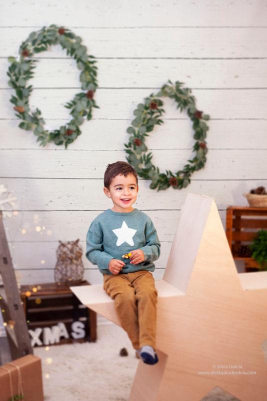 Navidad 2020, sesiones de Navidad, mini sesiones Navidad, fotografía infantil, fotos de familia, fotografía familiar Madrid, Sierra de Guadarrama, Moralzarzal,