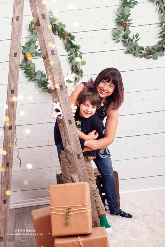 christmas photos, fotos de navidad, fotografía infantil, fotos de familia, fotografia natural, sierra de guadarrama, fotografo Moralzarzal