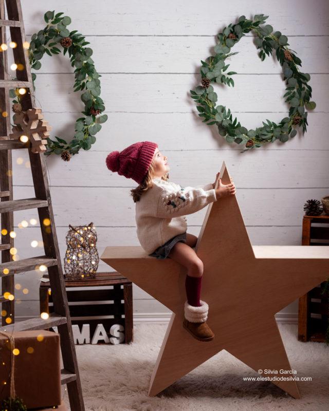 christmas photos, fotos de navidad, fotografía infantil, fotos de familia, fotografia natural, sierra de guadarrama, fotografo Moralzarzal, feliz 2021